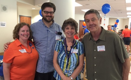 SLHS FACULTY GREET RETURNING ALUMNI, RECOGNIZE DISTINGUISHED ALUMNA